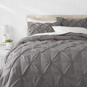 AmazonBasics Pinch Pleat Comforter Set