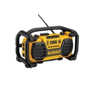 DEWALT 7.2V-18V Radio and Battery Charger