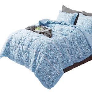 KASANTEX All-Season Quilted Comforter Set