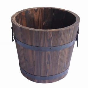 Gardenised Large Wooden Whiskey Barrel Planter