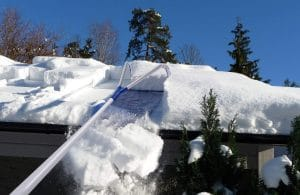 Roof Rakes for Snow Removals