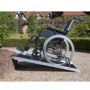 Clevr 3' Extra Wide Aluminum Wheelchair Ramp