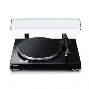 Yahama Belt Drive Turntable